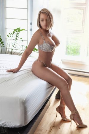 Ahmel sex dating